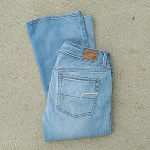 American Eagle Light Wash Kick Boot Stretch Jeans